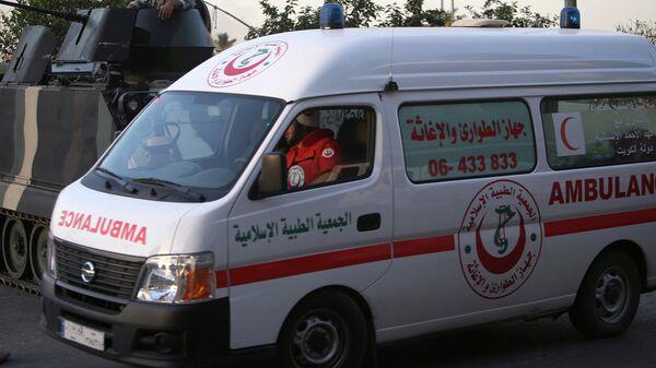 Автомобиль скорой помощи в Триполи, Ливия. Архивное фото