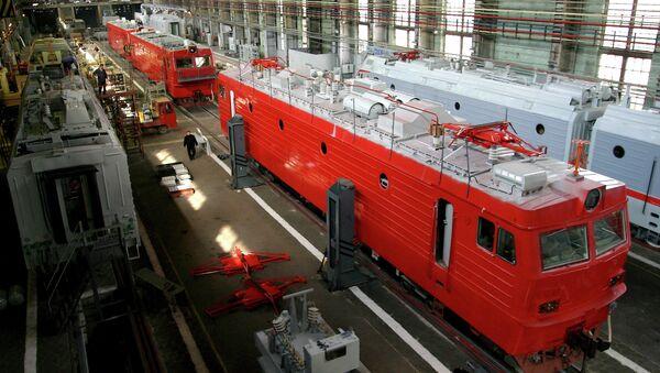 Цех Новочеркасского электровозостроительного завода. Архивное фото