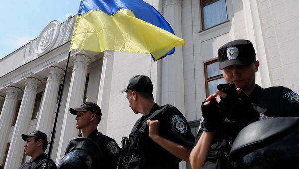 Сотрудники милиции в Киеве. Архивное фото