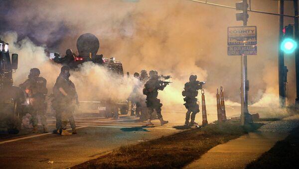 Беспорядки в городе Фергюсон, Миссури, США