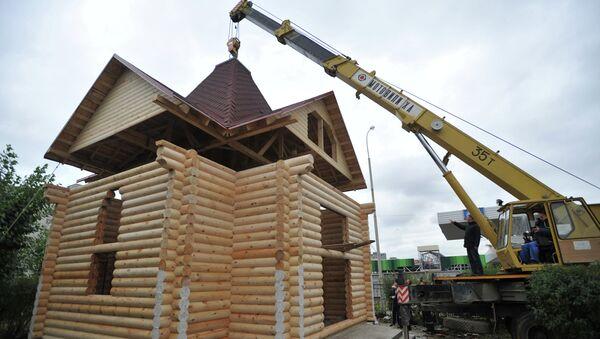 В Екатеринбурге построили храм за сутки