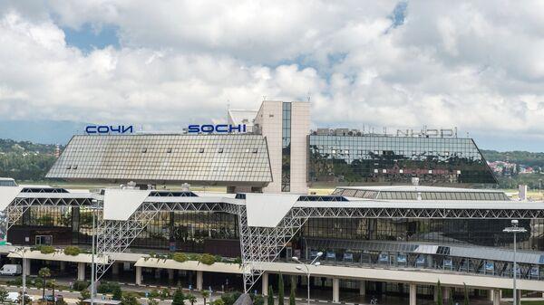 Вид на аэропорт в Сочи. Архивное фото
