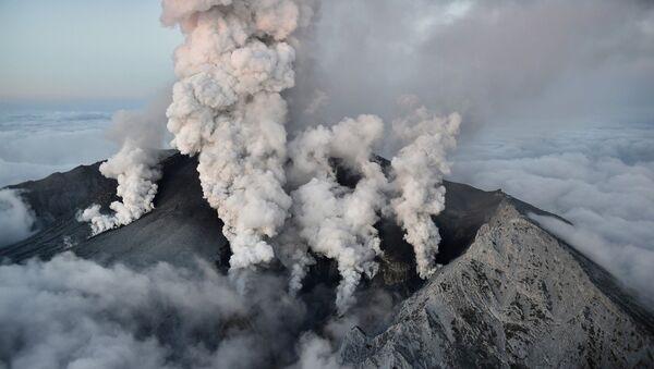 Извержение вулкана Онтакэ в Японии