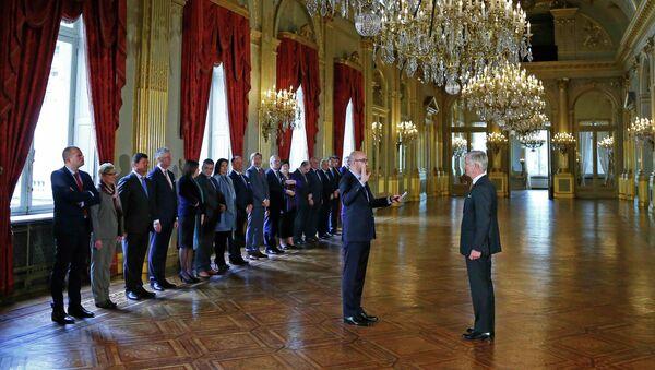 Новое правительство Бельгии приведено к присяге