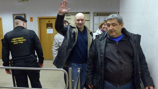 Лидер националистической организации Лига обороны Москвы Даниил Константинов в здании Чертановского суда города Москвы после оглашения приговора