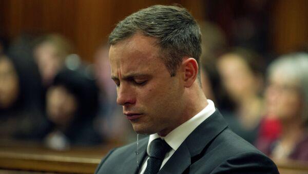 Южноафриканский легкоатлет-ампутант Оскар Писториус в зале суда на вынесении приговора. Архивное фото