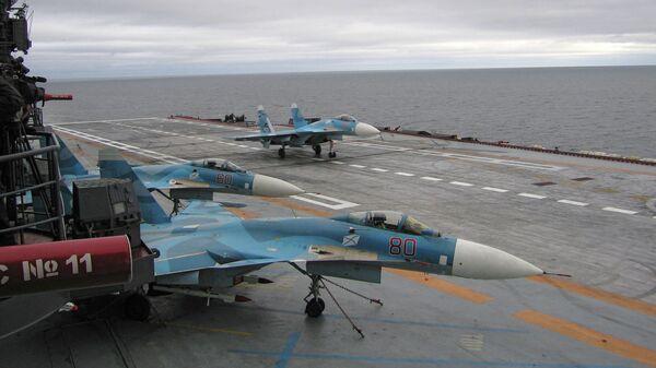 Самолеты на борту авианесущего крейсера