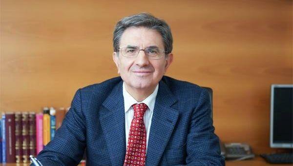 Председатель Совета директоров Банка Интеза Профессор Антонио Фаллико. Архивное фото