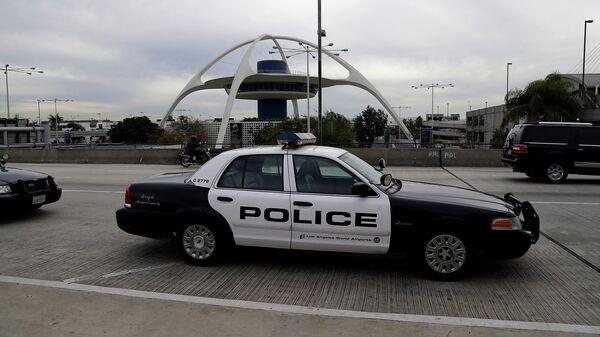 Полицейская патрульная машина. Лос-Анджелес, Калифорния. Архивное фото