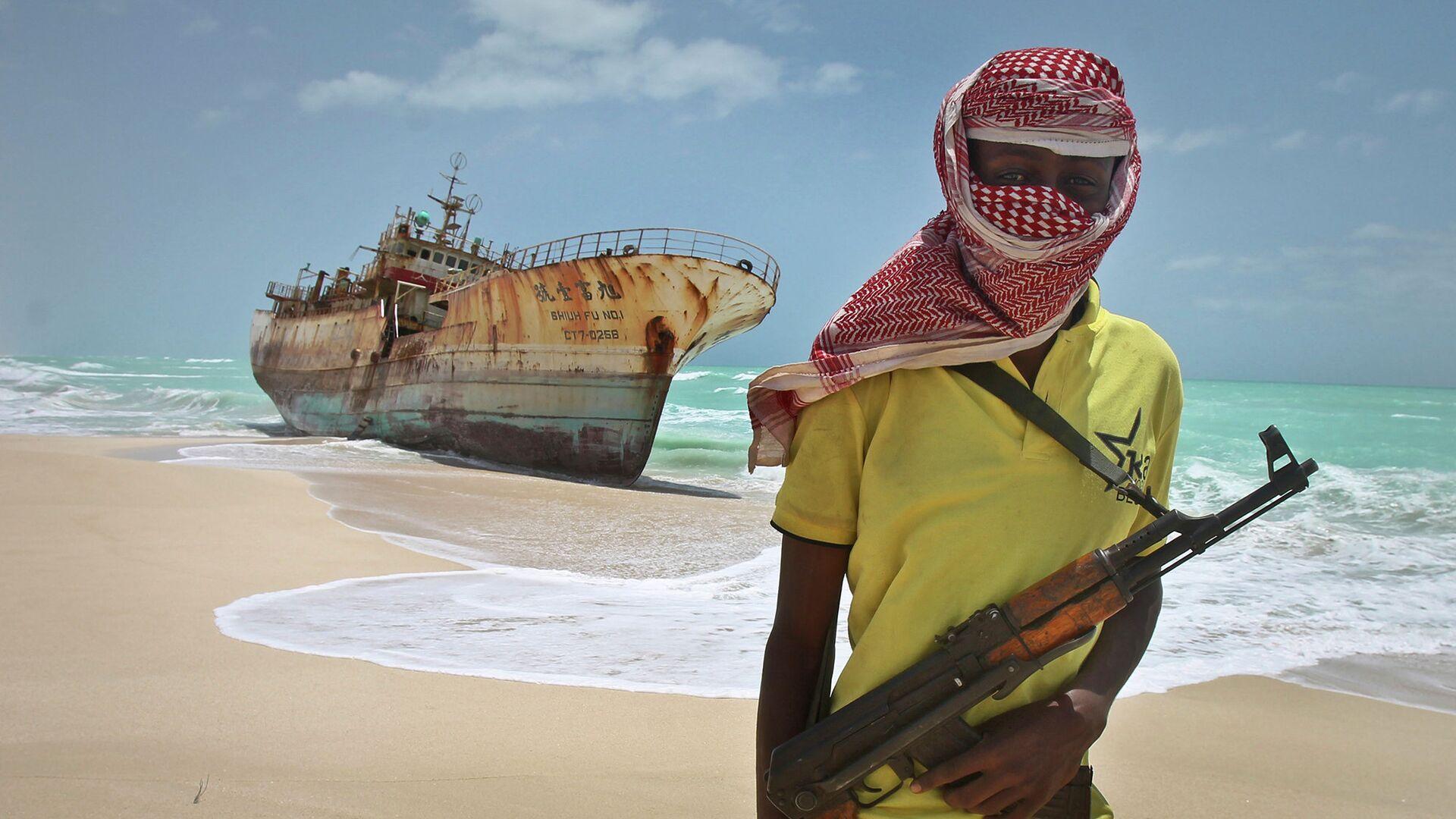Сомалийский пират - РИА Новости, 1920, 30.11.2020