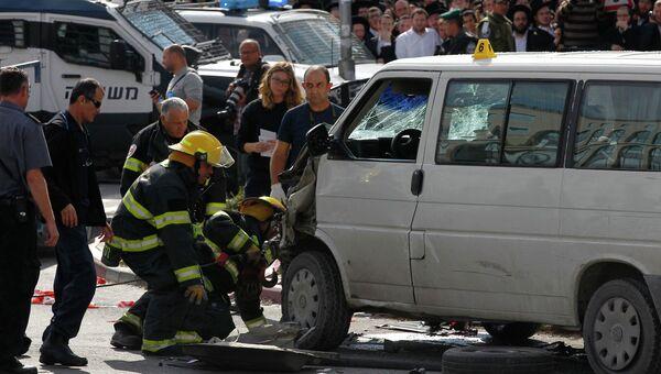 Водитель протаранил пешеходов на оживленной улице в Иерусалиме