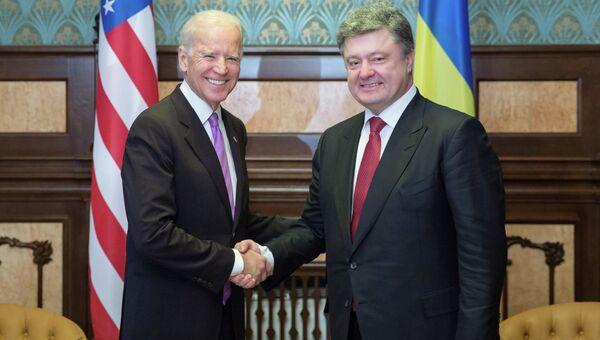 Встреча П.Порошенко и Дж.Байдена в Киеве. Архив