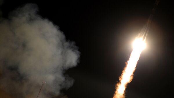 Старт ракеты-носителя Союз-ФГ с ТПК Союз ТМА-15М на космодроме Байконур