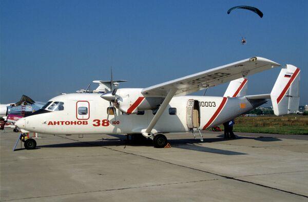 Многоцелевой самолет АН-38-100