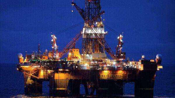 Нефтедобывающая платформа. Архивное фото