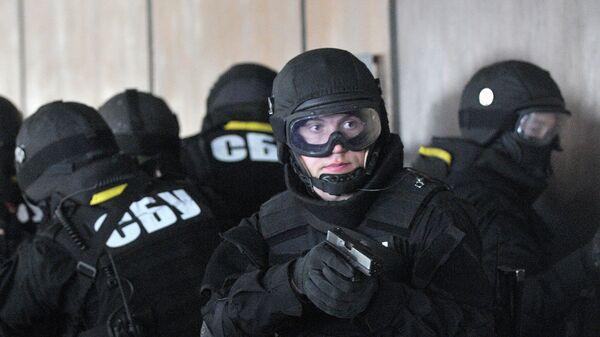 Вооруженные агенты украинской службы национальной безопасности (СБУ). Архивное фото