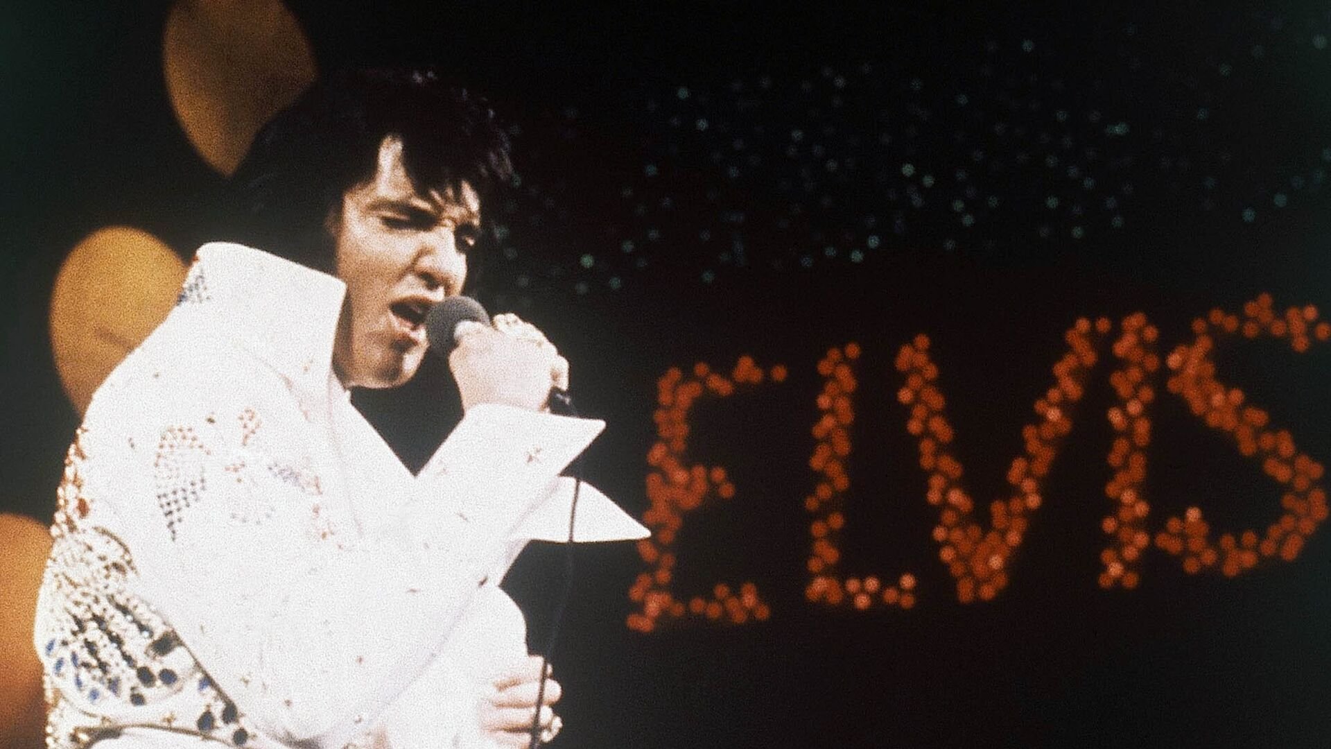 Элвис Пресли во время выступления - РИА Новости, 1920, 13.07.2020
