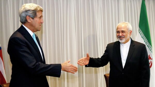 Госсекретарь США Джон Керри и глава МИД Ирана Мохаммад Джавад Зариф. Переговоры в Женеве