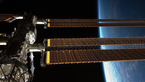 Вид на МКС. Архивное фото