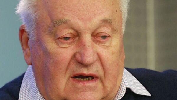 Советский футболист, заслуженный мастер спорта Владимир Кесарев. Архивное фото