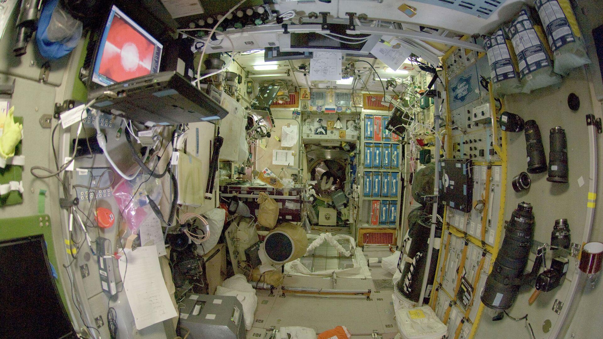 Модуль Звезда международной космической станции - РИА Новости, 1920, 09.07.2021
