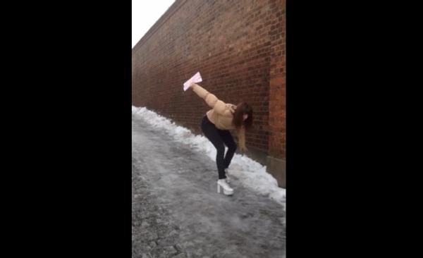 Вниз по наклонной, или (Не)удобная обувь для зимней прогулки
