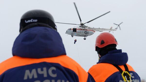 Спасатели МЧС РФ