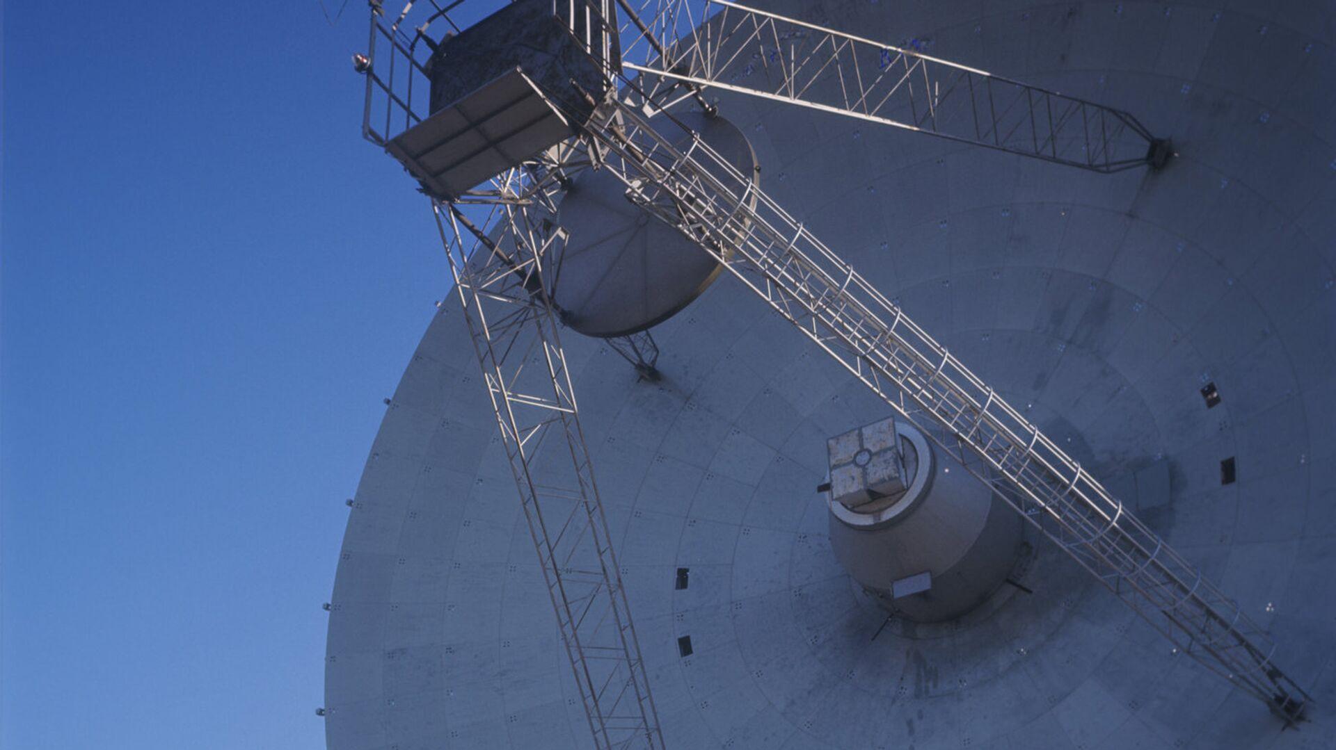 Радиотелескоп П-2500 (РТ-70) в Крыму. Архивное фото - РИА Новости, 1920, 21.11.2020