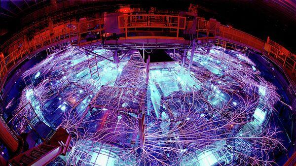 Лазер Z Machine, мощнейший импульсный рентгеновский лазер на Земле