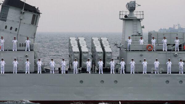 Офицеры ВМФ Китая. Архивное фото