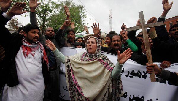 Протест христиан в Пешаваре, Пакистан. Март 2015