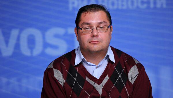 Историк и политолог Владимир Симиндей