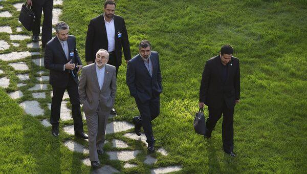 Иранская делегация на переговорах по ядерной программе в Лозанне