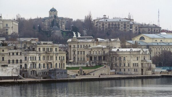 Город Севастополь на черноморском побережье Крымского полуострова. Архивное фото