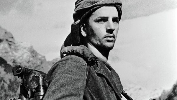 Солдат-абхазец в горах Кавказа