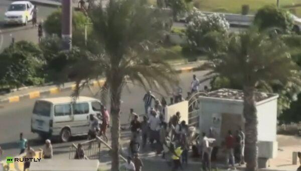 Боевики-хуситы, поддерживающие свергнутого президента Йемена Абдаллу Салеха, вошли в город Аден