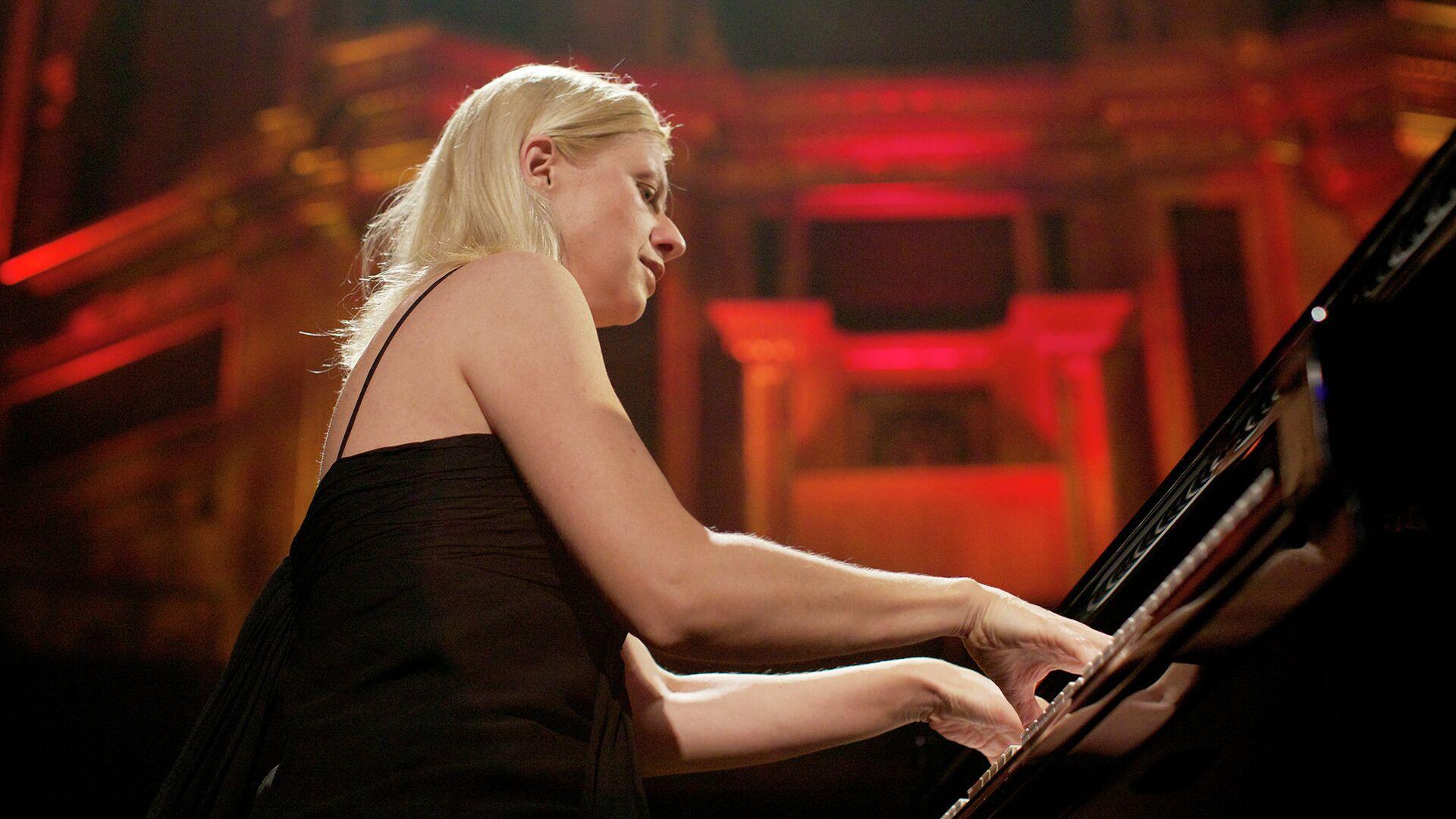 Пианистка Валентина Лисица - РИА Новости, 1920, 30.09.2021