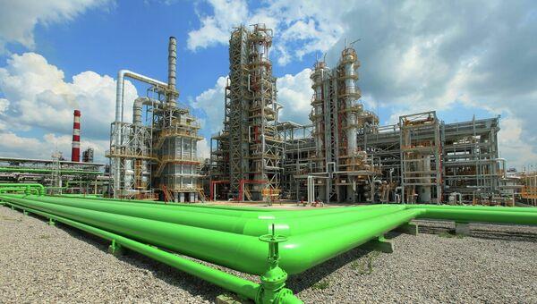 Установка гидроочистки бензина каталитического крекинга, Башнефть-УНПЗ. Архивное фото