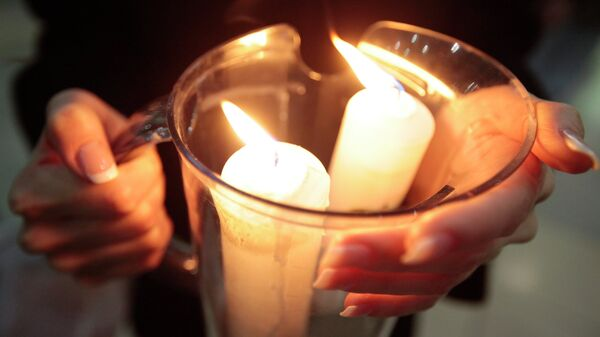 Встреча Благодатного огня из Иерусалима в аэропорту Внуково-1. Архивное фото