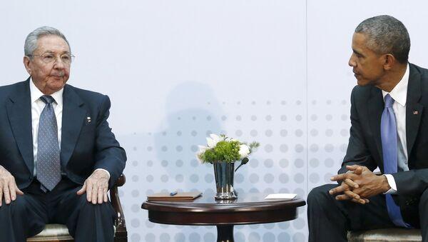 Переговоры лидера Кубы Рауля Кастро и президента США Барака Обамы на Саммите Америк в Панаме