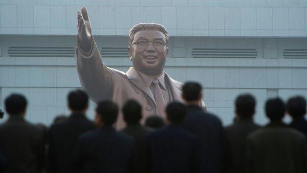 Празднование 100-летия основателя КНДР Ким Ир Сена в Пхеньяне. Архивное фото