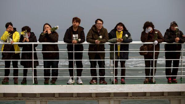 Родственники погибших на пароме Севоль в Южной Корее