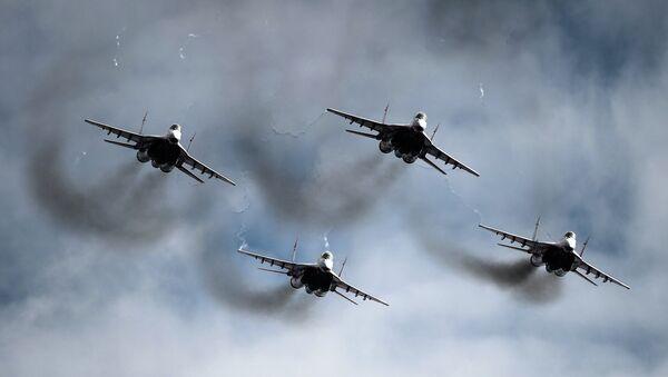 Истребители МиГ-29 пилотажной группы Стрижи. Архивное фото