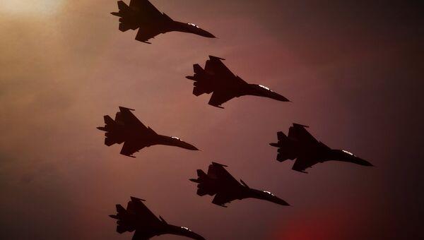 Самолеты СУ-27. Архивное фото