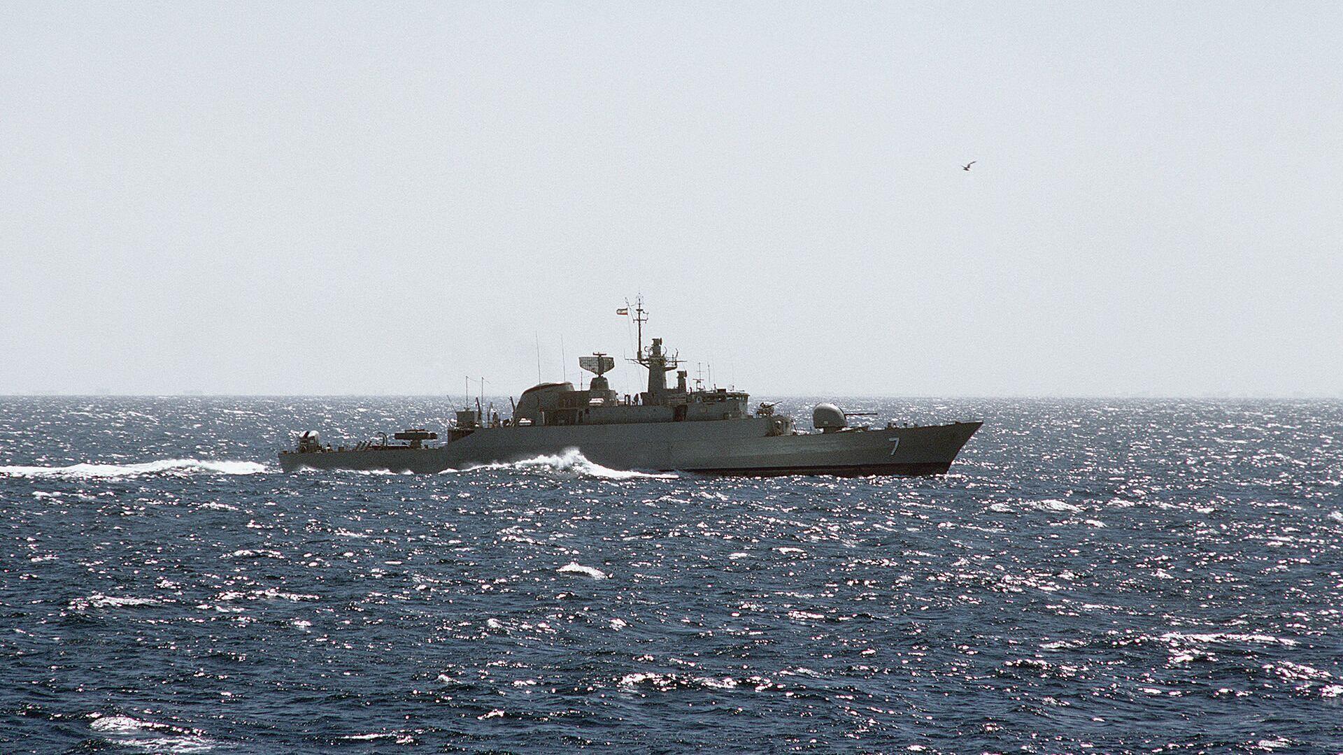 Фрегат ВМС Ирана - РИА Новости, 1920, 04.01.2021