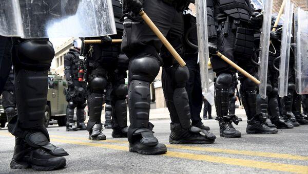 Полиция блокирует одну из улиц в Балтиморе, США