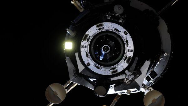 Космический корабль. Архивное фото.