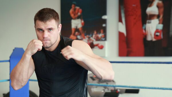 Российский боксер Денис Бойцов на тренировке. Архивное фото