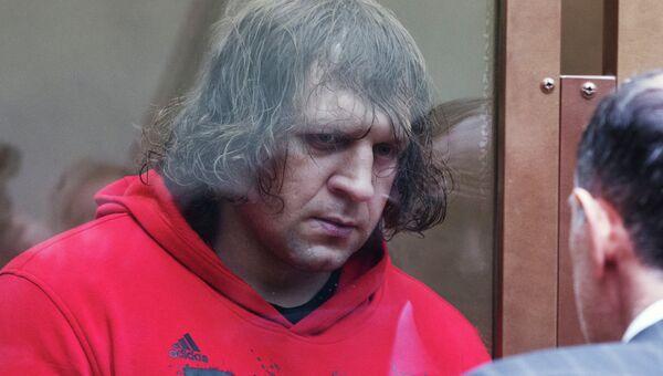 Александр Емельяненко приговорен к 4,5 годам колонии