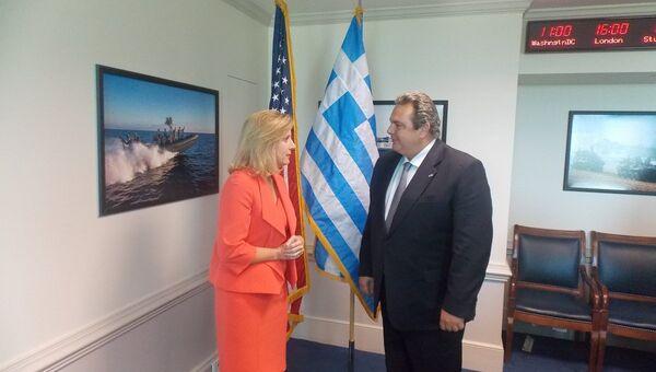 Встреча замминистра обороны США Кристин Вормут и греческого министра обороны Панос Камменоса